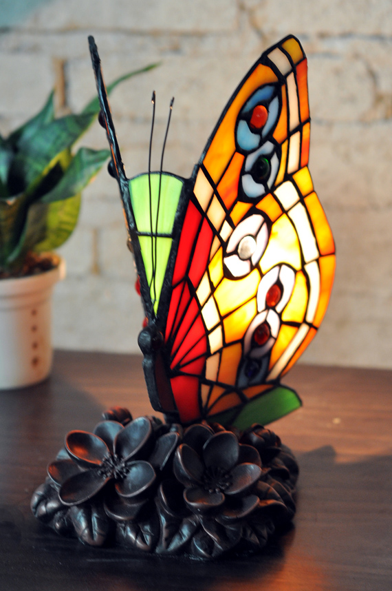 Butterfly Lamp A1709 2 Tiffany Accent Lamps Tiffany Lamps China Tiffany Lighting Wholesale
