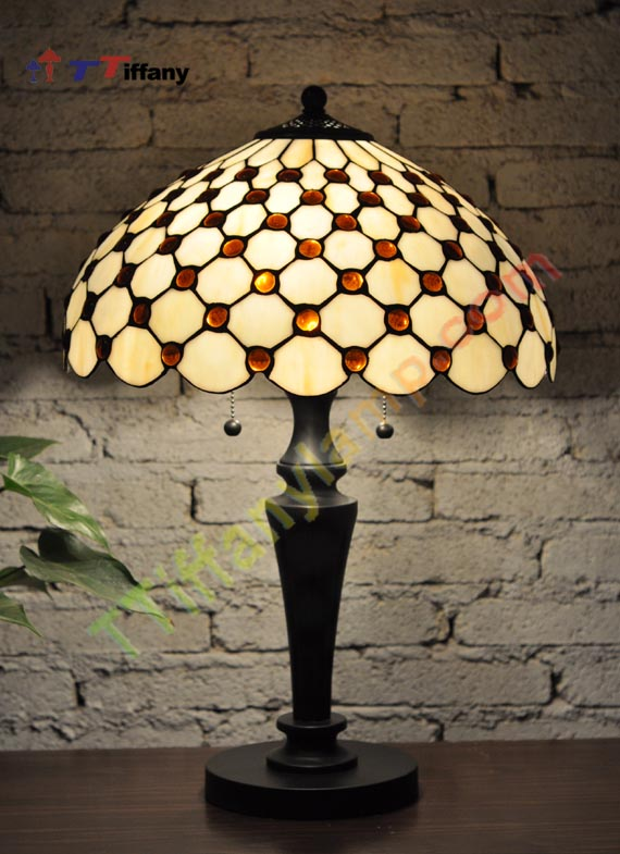 Brand New, Exquisite, Gorgeous Tiffany Style Lamp Is A Unique,handcrafted  Work Of Art Nouveau Variation In The Glass. Using Genuine Hand Rolled Art  Stained ...
